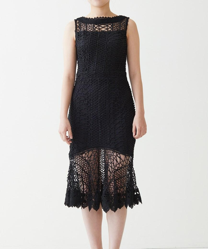 Vバックレースミディアムドレス-ブラック-S