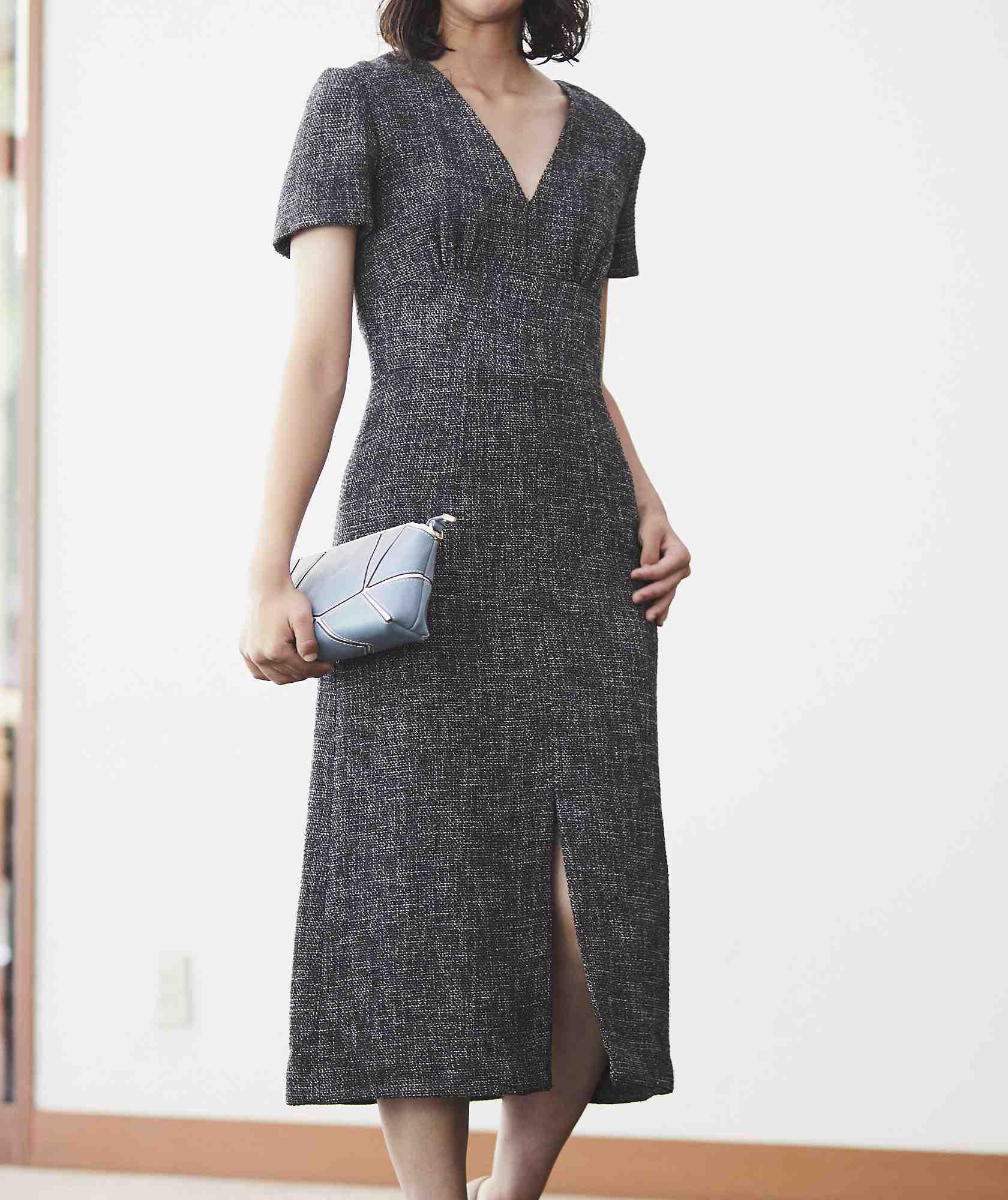 Vネックツイードライクミディアムドレス-ブラック-M
