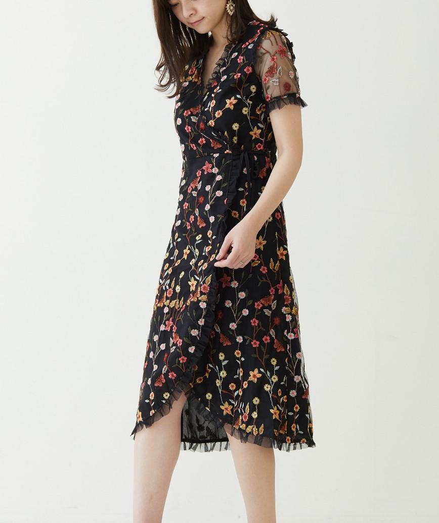 フラワーエンブロイダリーラップミディアムドレス―ブラック-M-L