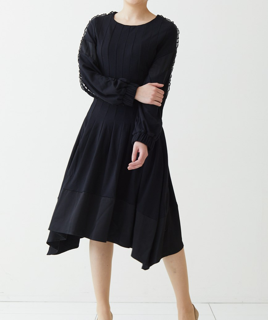 アシンメリックスリーブラインミディアムドレス-ブラック-S-M