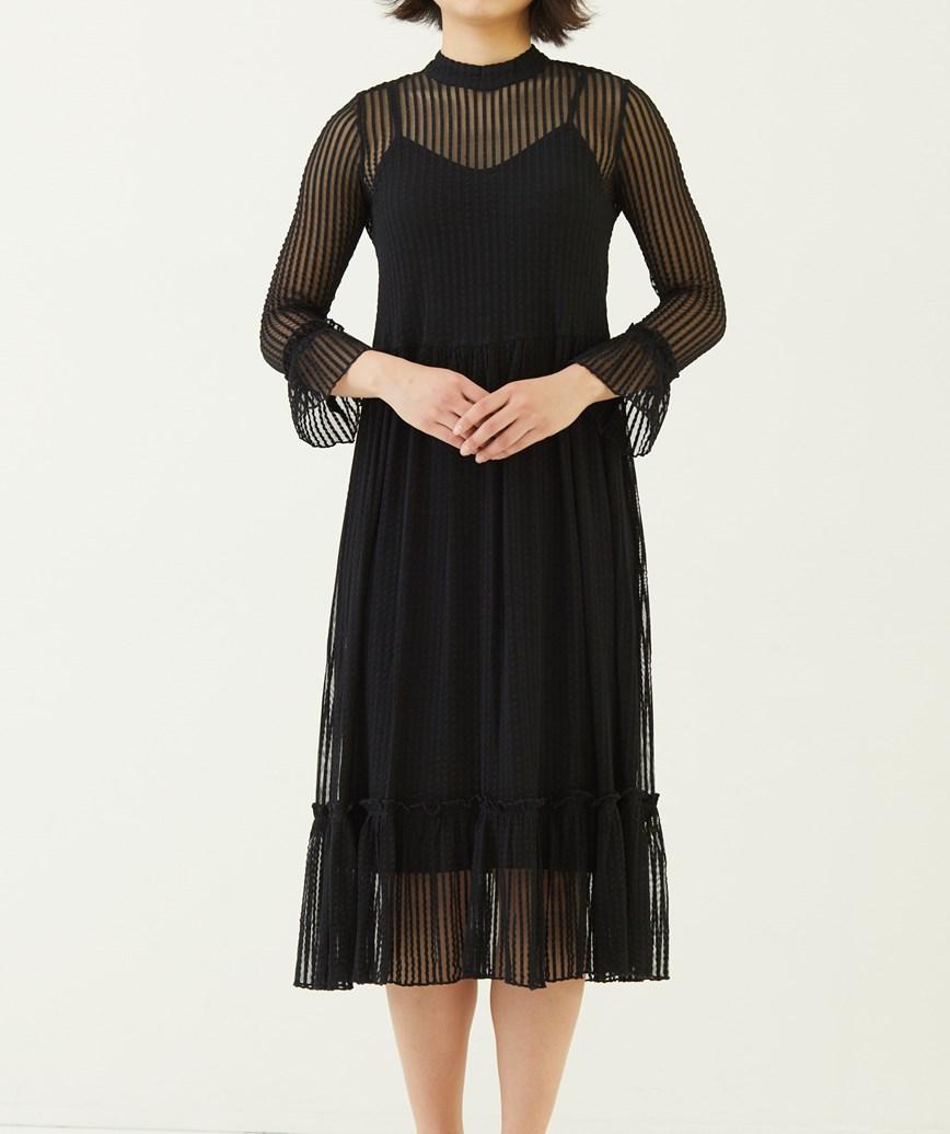 ハイネックストライプフリルミディアムドレス―ブラック-S
