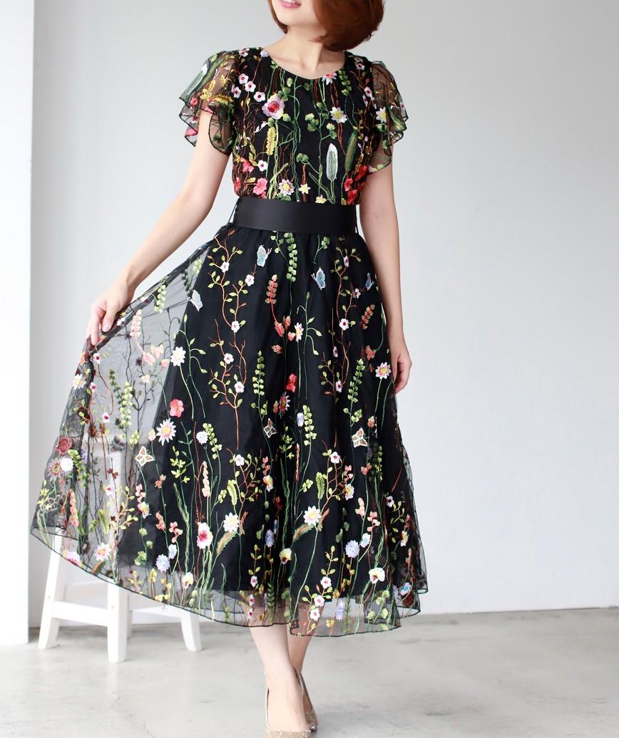 フラワーエンブロイダリーボリュームAラインミディアムドレス-ブラック-S-M