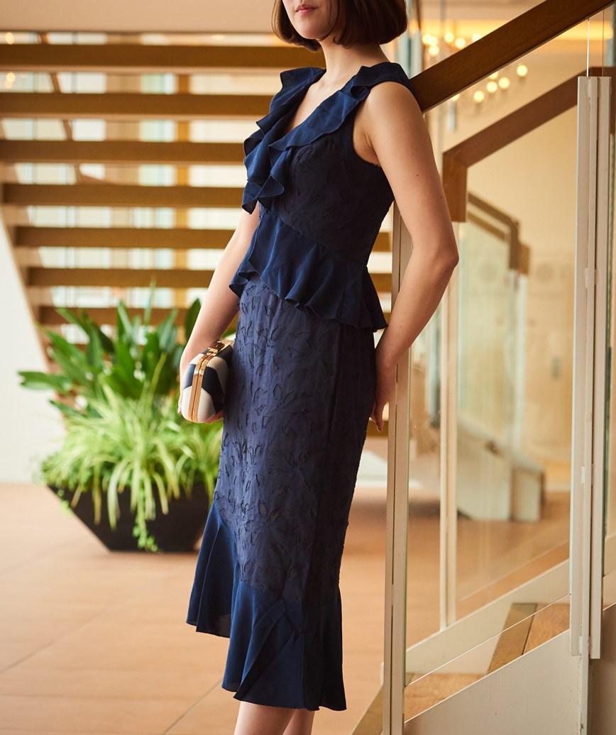 Vネックフリルアシンメトリーミディアムドレス―ネイビー-S-M