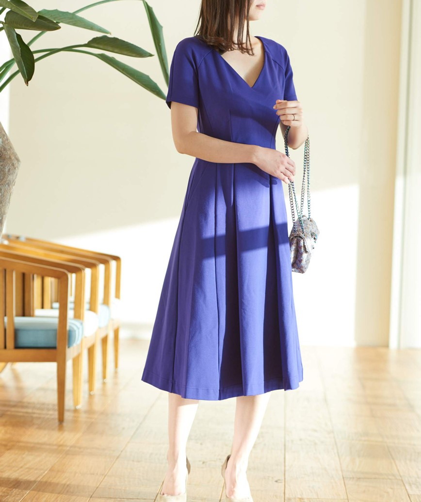 ショートスリーブVネックミディアムドレス-ブルー-M