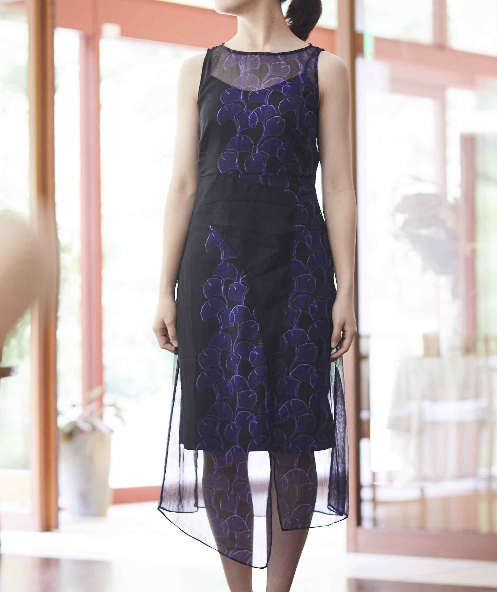 アシンメトリーパターンスリーブレスミディアムドレス-ブルー-M