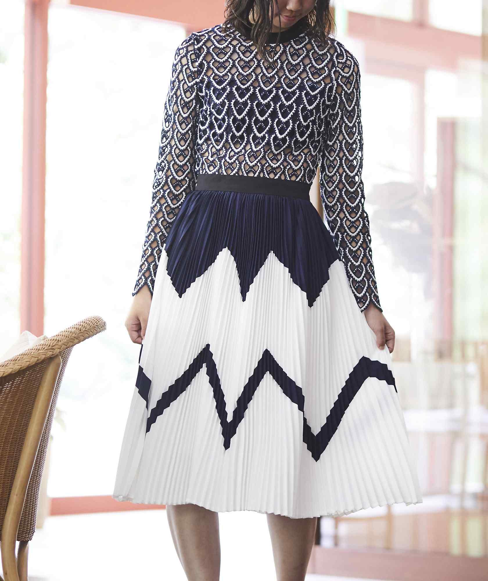 フルスリーブセパレートデザインプリーツミディアムドレス-ブルー-S