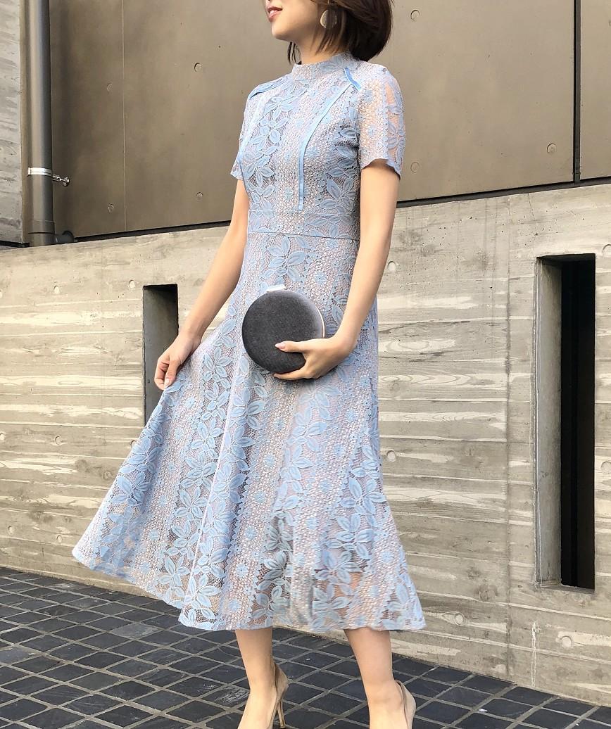 ハイネックデザインショートスリーブレースミディアムドレス-ブルー-M