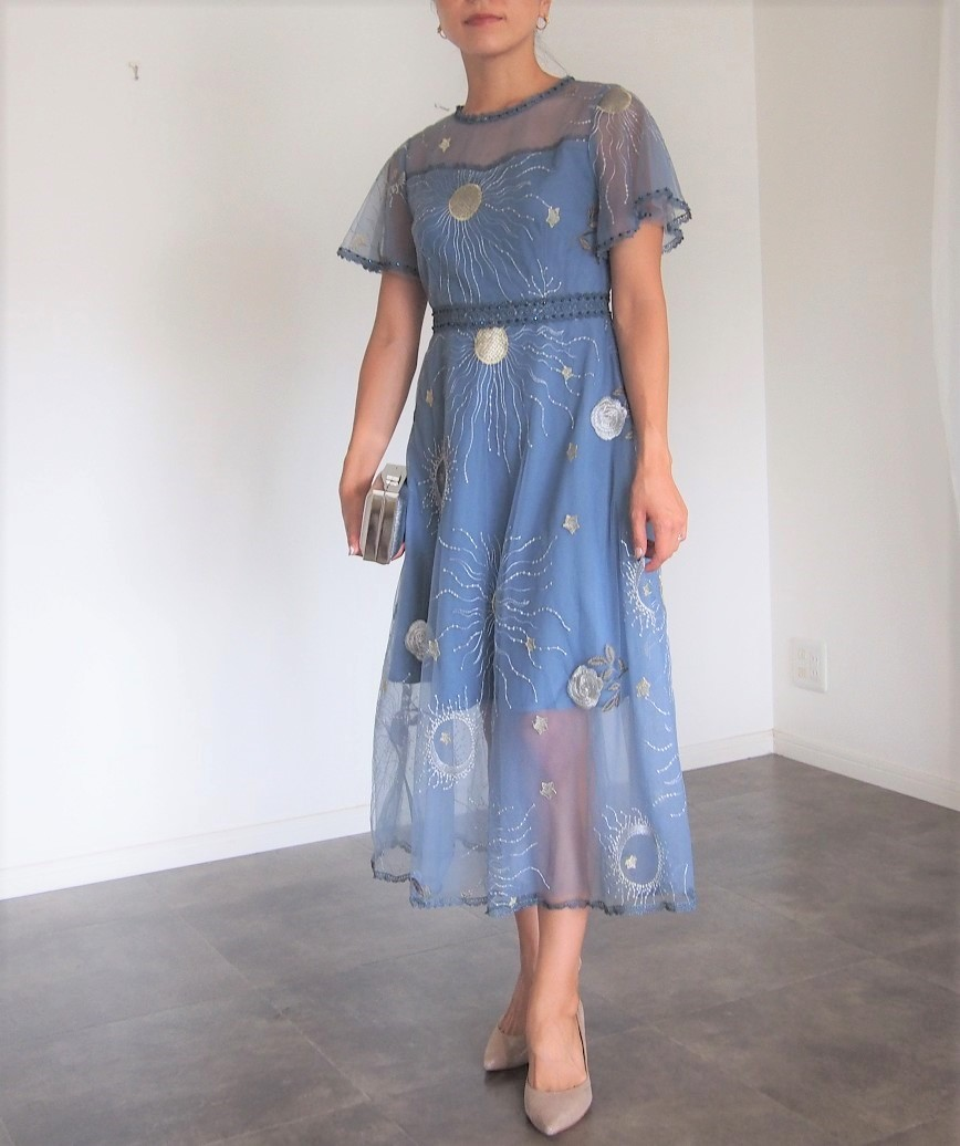 チュールエンブロイダリーシルバーパターンミディアムドレス-ブルー-S