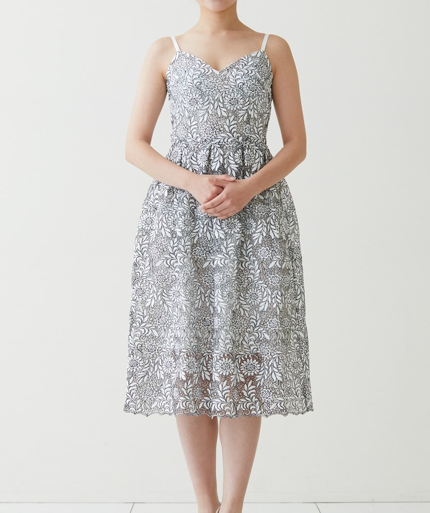 ブラック×ホワイトカジュアルレースミディアムドレス-ホワイト-S-M