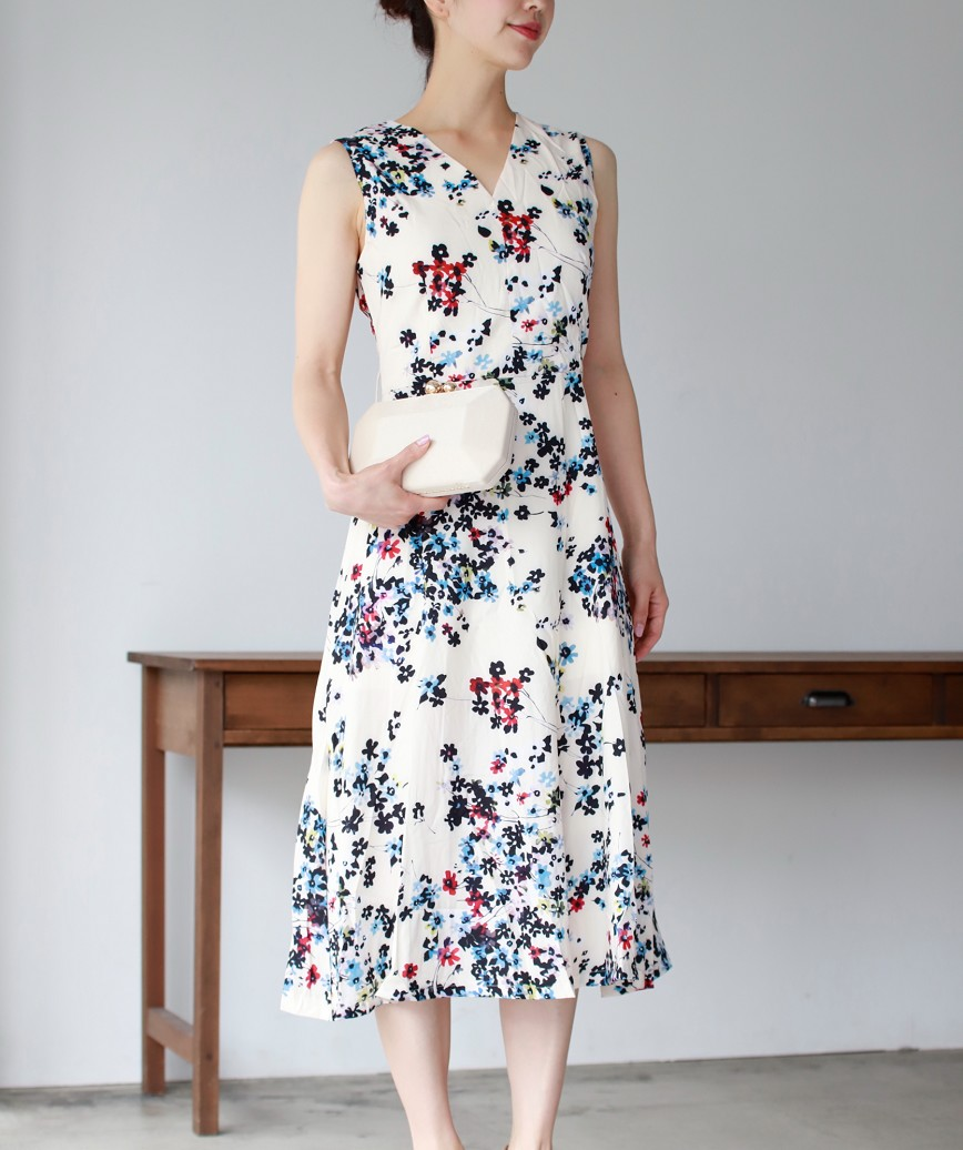 フラワープリントAラインレディミディアムドレス-ホワイト-S