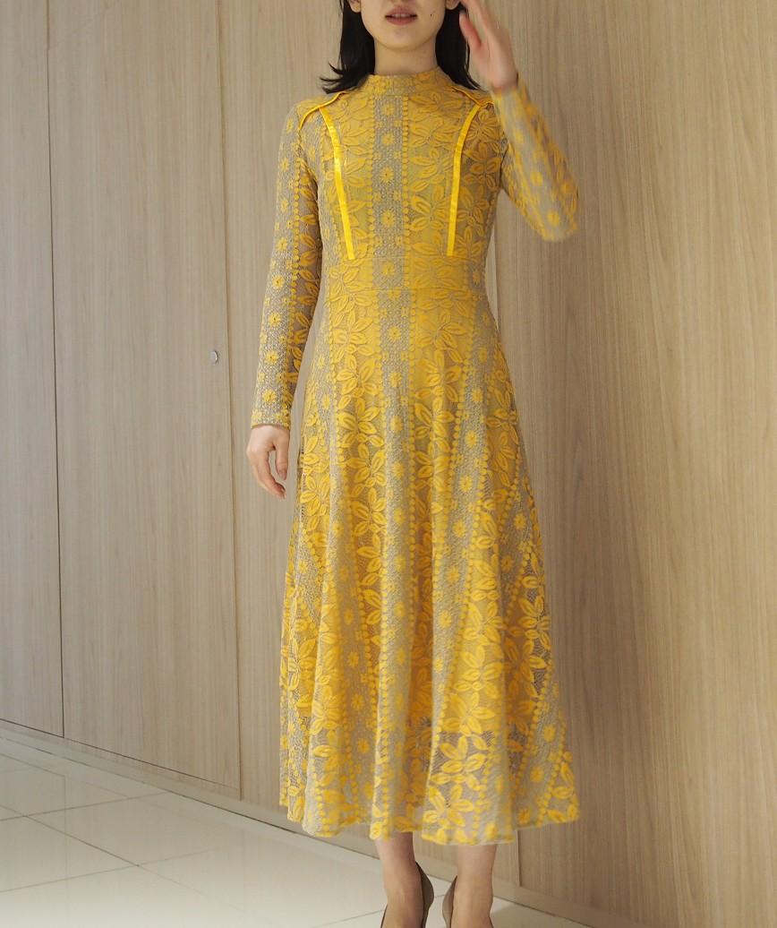 ハイネックデザインロングスリーブレースミディアムドレス-イエロー-S