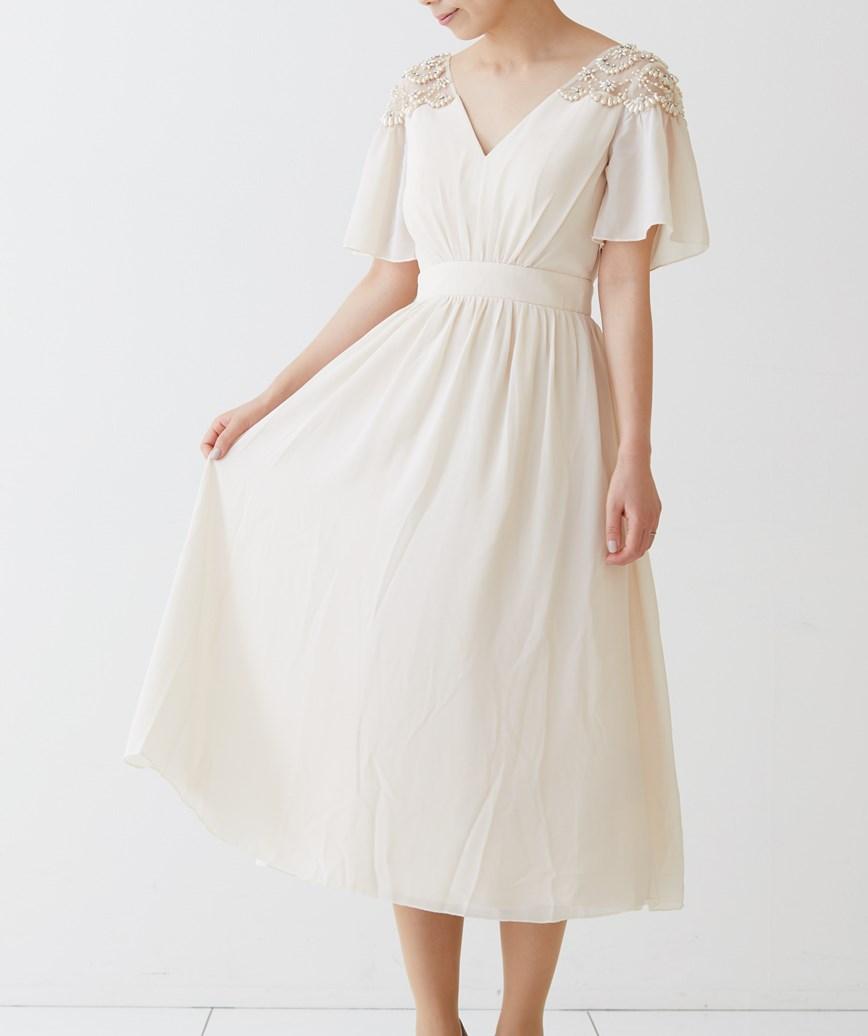ショルダーモチーフVネックミディアムドレス―ベージュ-M-L