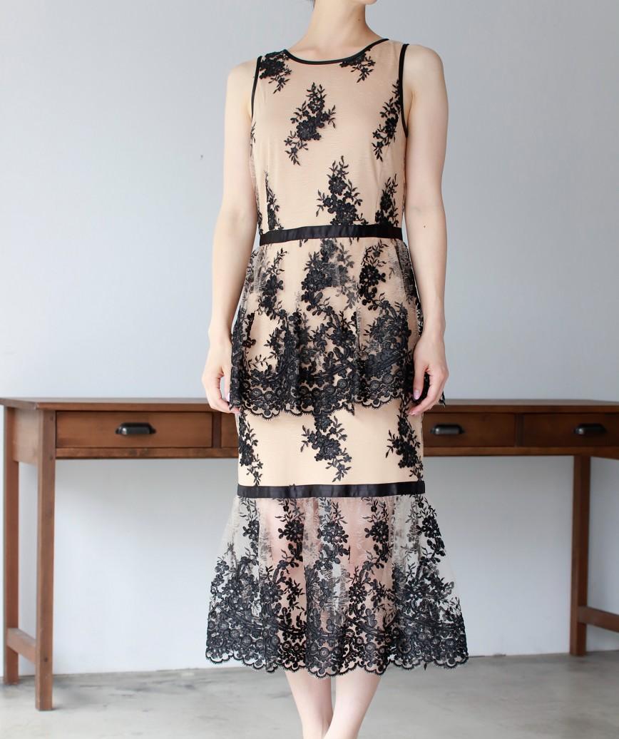 ダブルペプラムマーメイドレースミディアムドレス-ベージュ-S