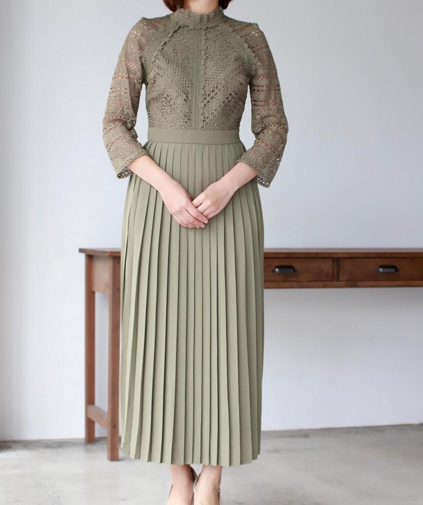 ハイネックレーストッププリーツミディアムドレス-カーキ-S