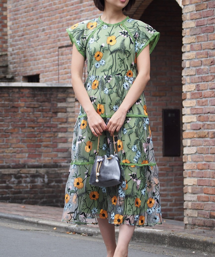チュールフルフラワーエンブロイダリーミディアムドレス-グリーン-S