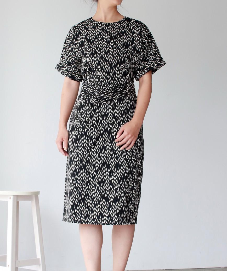 フルパターンクルーベルトミディアムドレス-ブラック-M
