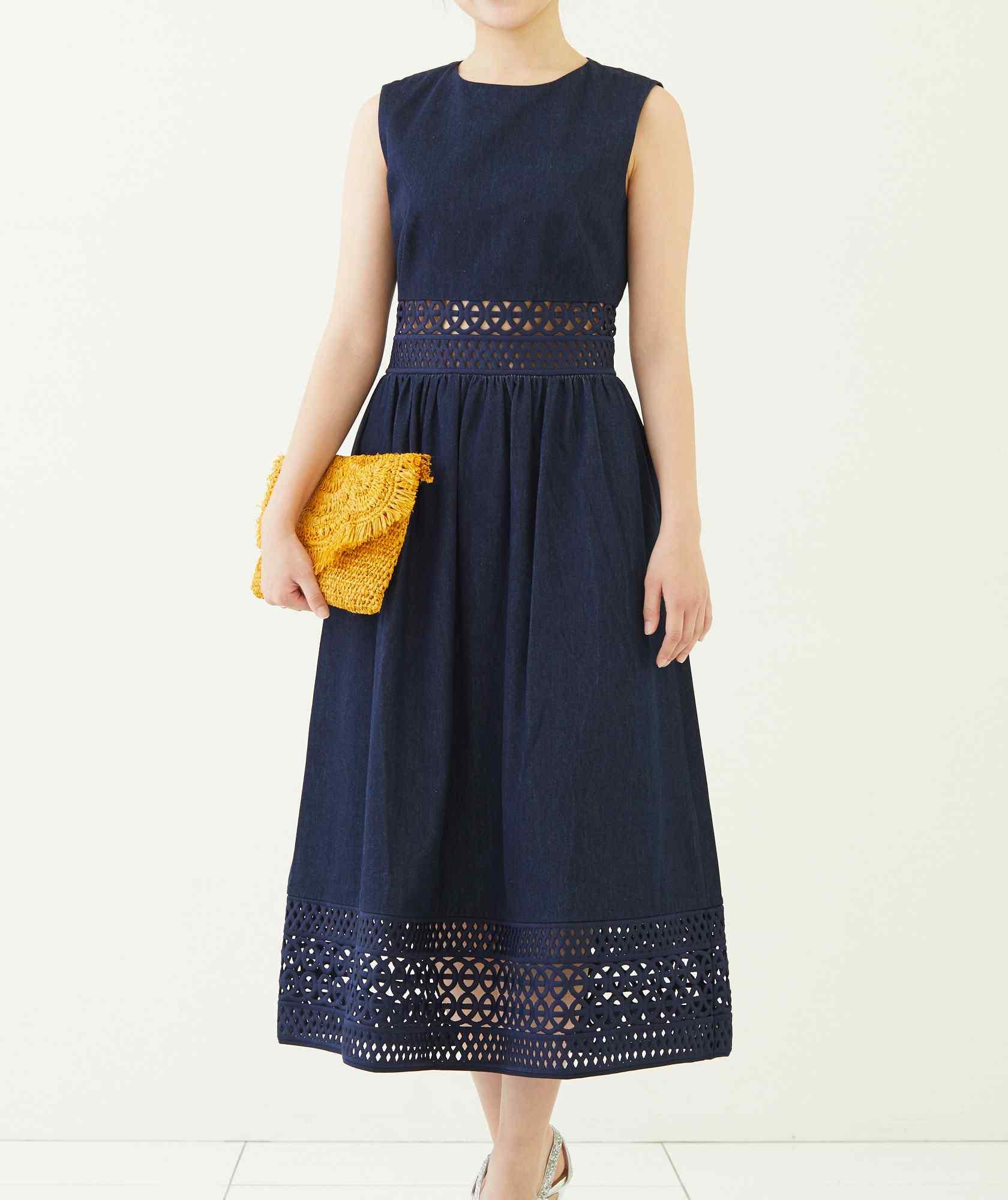 エンブロイダリーデニムカットアウトミディアムドレス―ネイビー-S