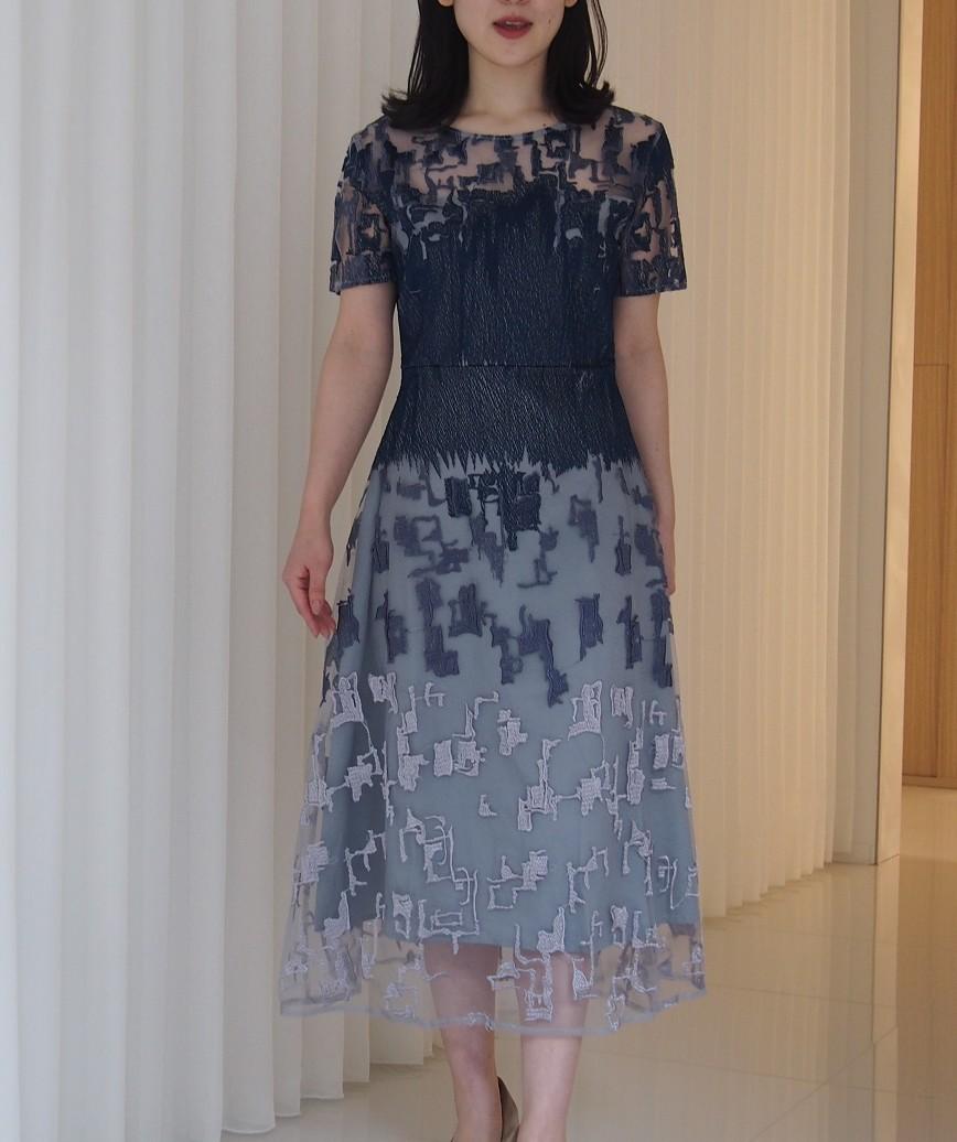 チュールエンブロイダリーブルーグレーAラインミディアムドレス-ブルー-M