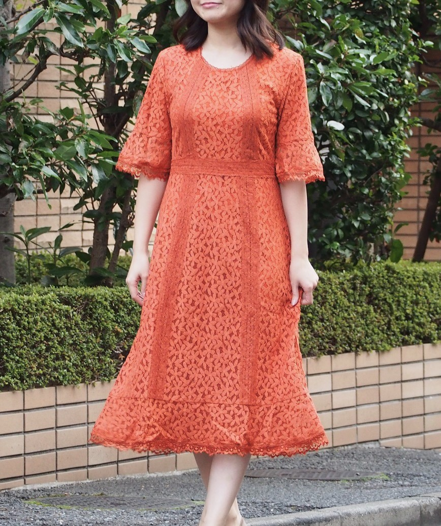 フルレーススリーブスモーキーフレアミディアムドレス-オレンジ-M