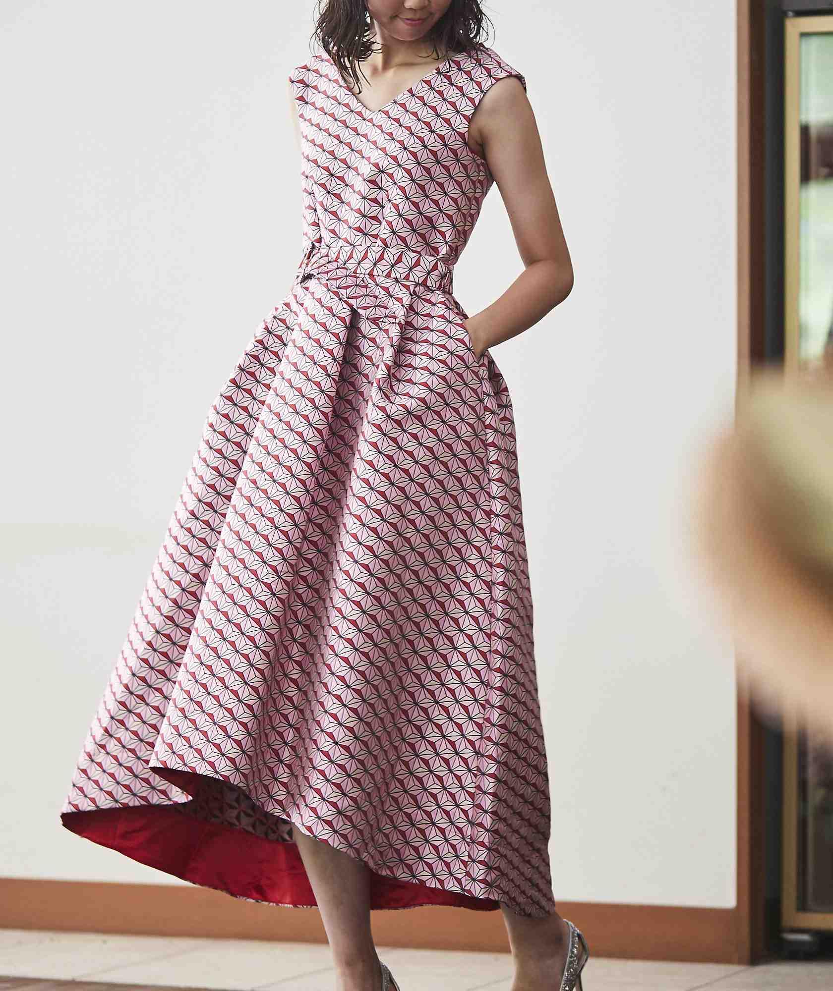 フルパターンAラインボリュームミディアムドレス-ピンク-M