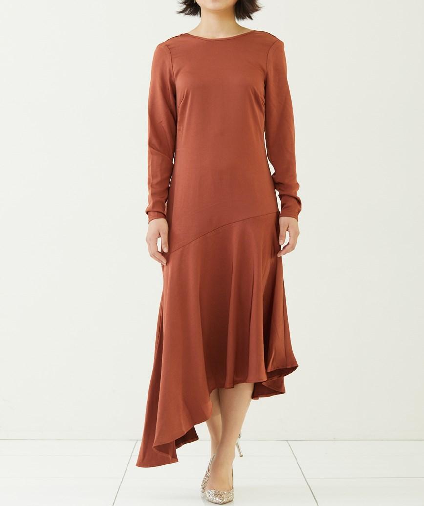 シャイニーカットラインアシンメトリーロングドレス―ブラウン-M