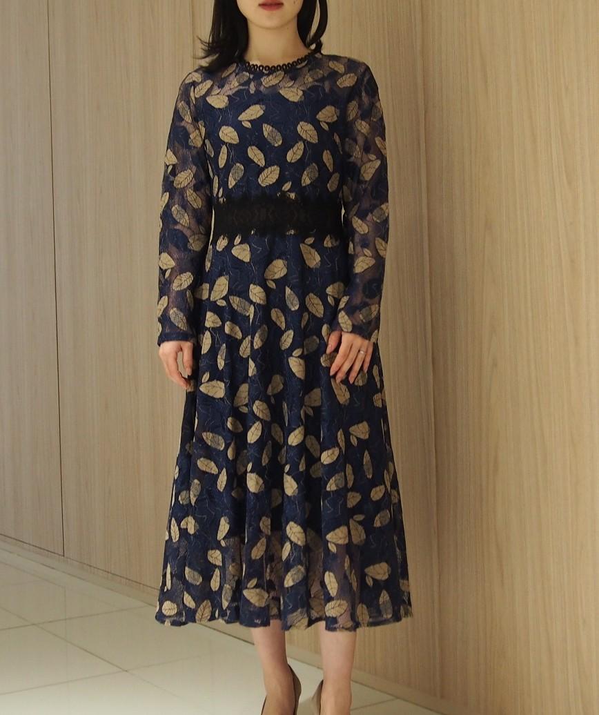 ブラウンリーフモチーフAラインミディアムドレス-ブルー-L
