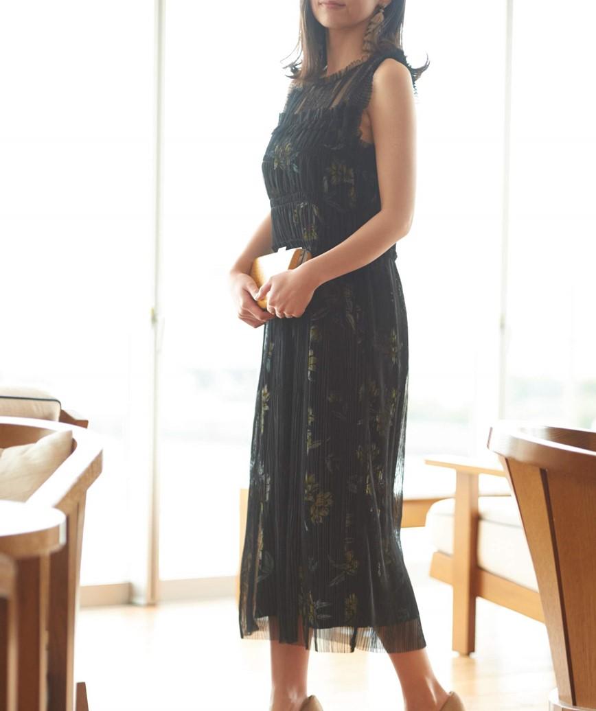 インナープリントフラワーミディアムドレス―ブラック-XS