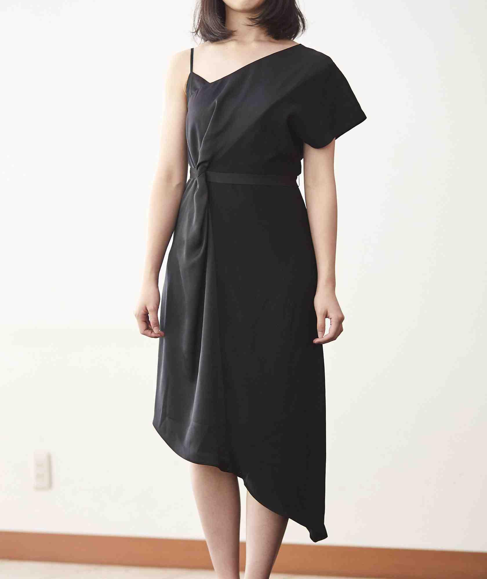 ブラックリストアシンメトリーミディアムドレス-ブラック-S