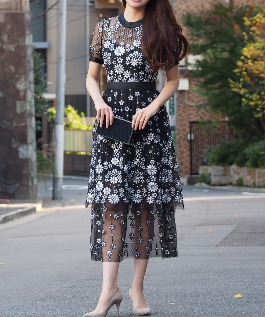 エンブロイダリーレイヤードデザインミディアムドレス-ブラック-XS