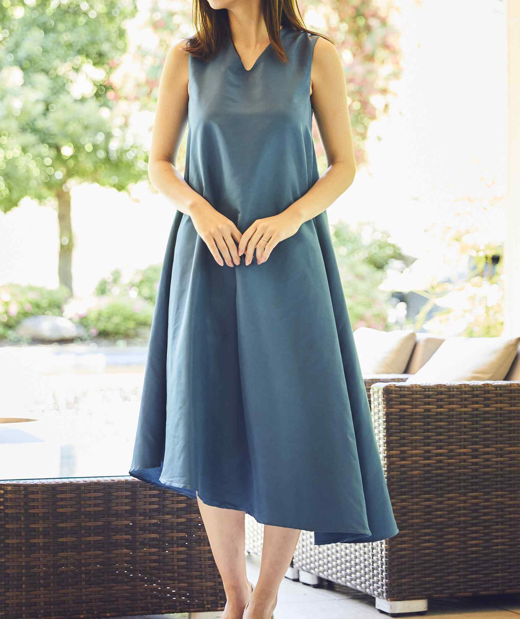 VネックアシンメトリーOG1stAラインショートドレス-ブルー-S