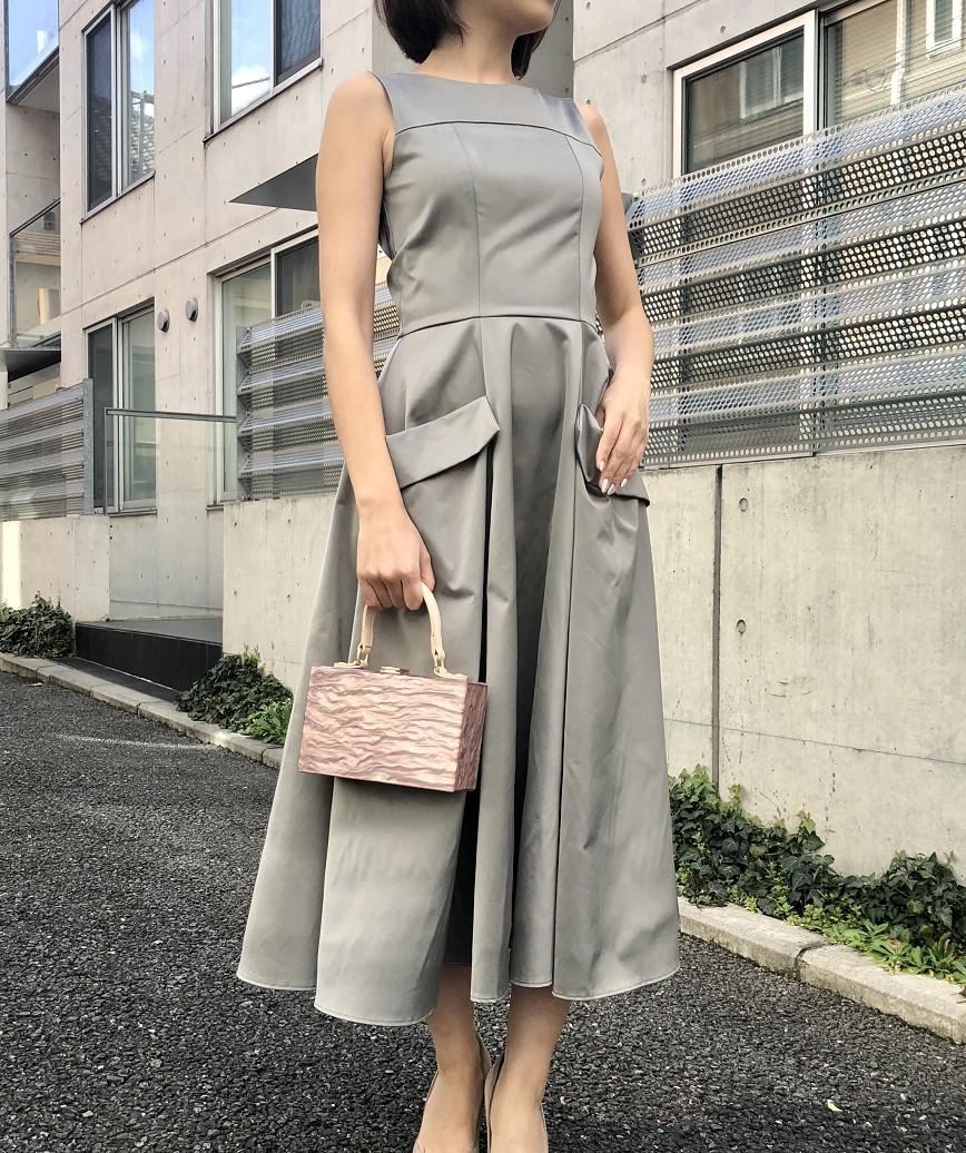 OGAラインフレアレディミディアムドレス-グレー-S