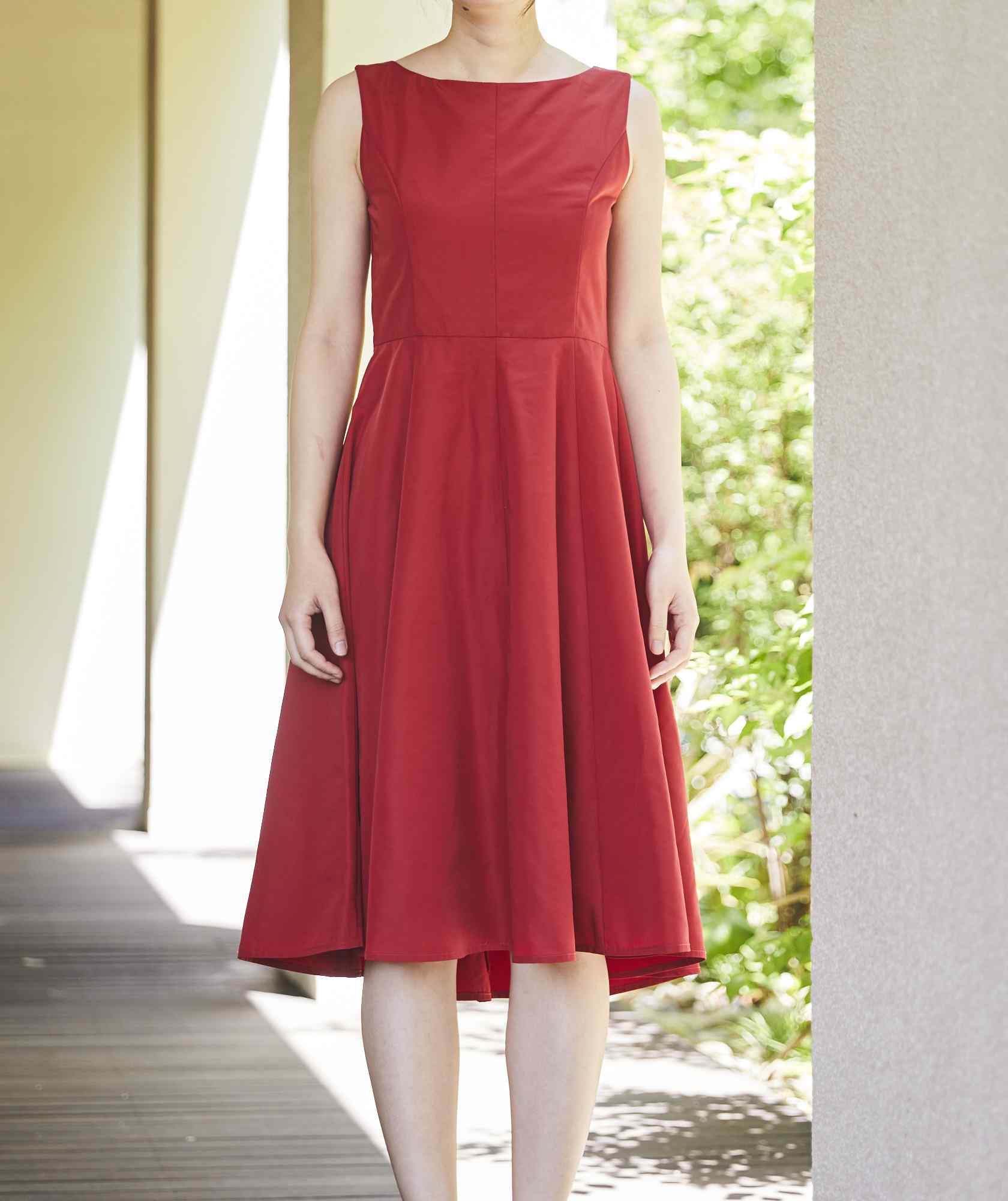 クルーVバックOGAラインミディアムドレス-レッド-S