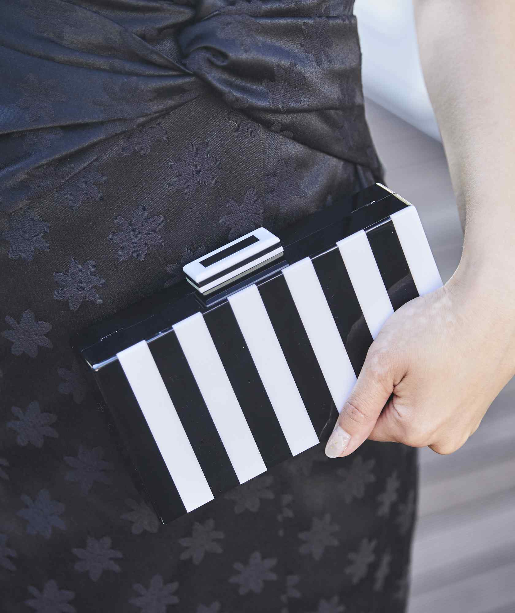 Mat Stripe Box Clutch bag