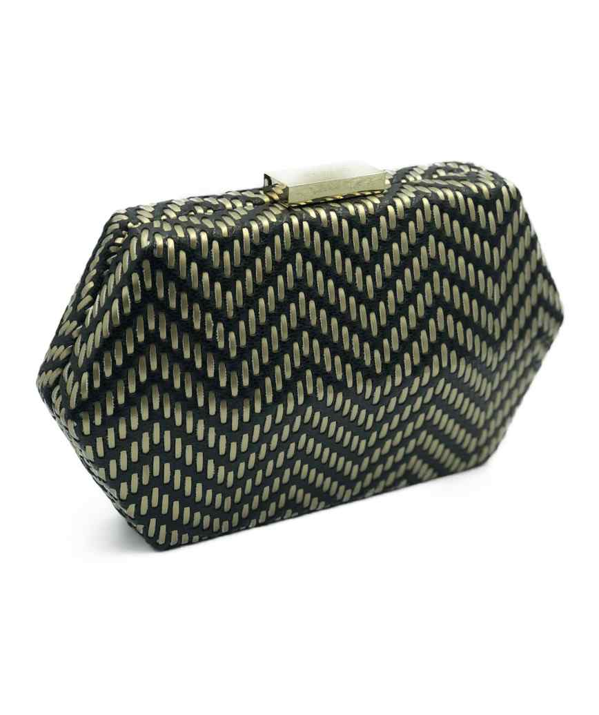 Hexagon Mesh Clutch bag