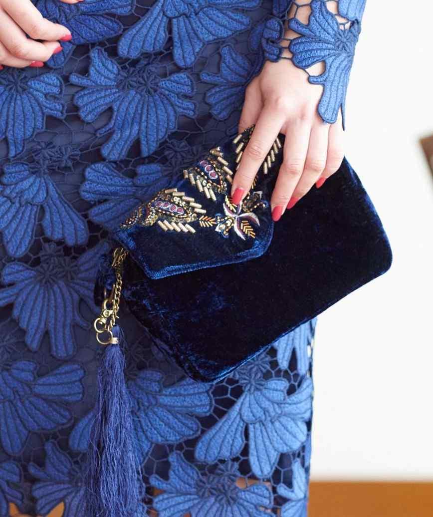 Velvet Nevy Clutch bag