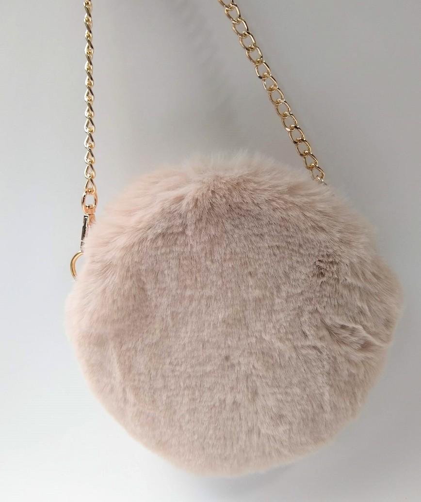 Fur Circle Clutch bag