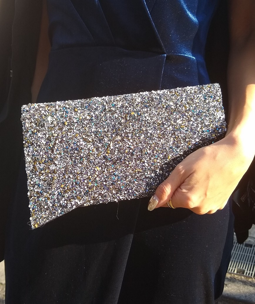 Asymmetry Lame Clutch bag