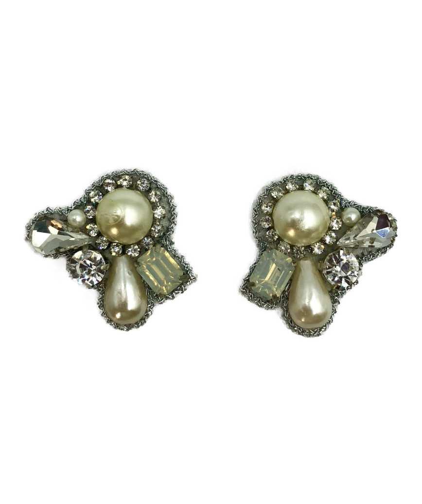 Petit Bijoux Pearl Earrings-White