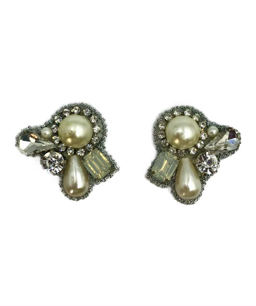 Petit Bijoux Pearl Earrings-White