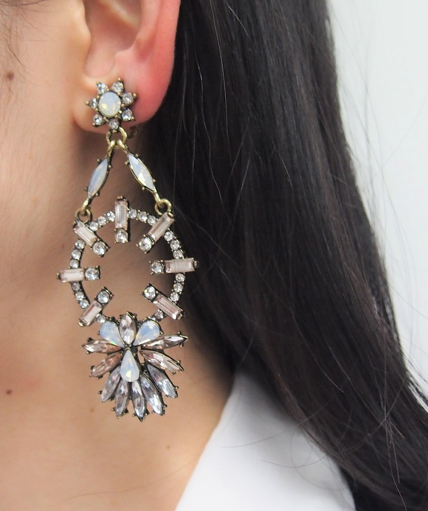 Blash Color Drop Earrings