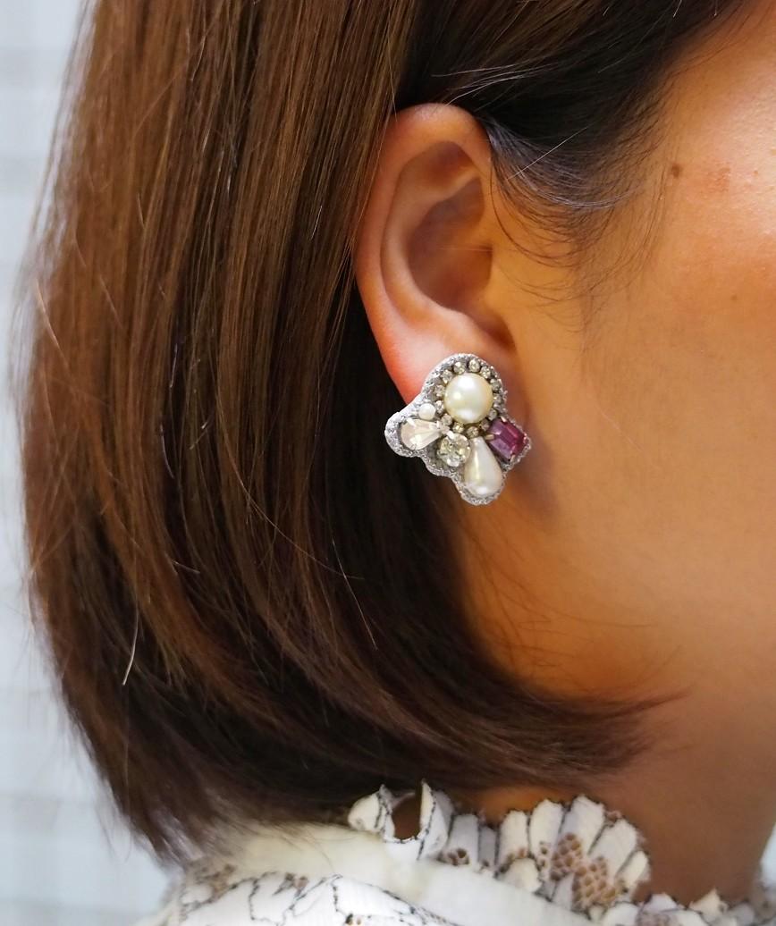Petit Bijoux Pearl Earrings-Pink