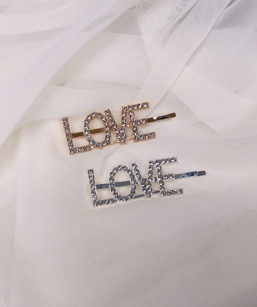 """【販売商品】レターピン""""LOVE""""-シルバー"""