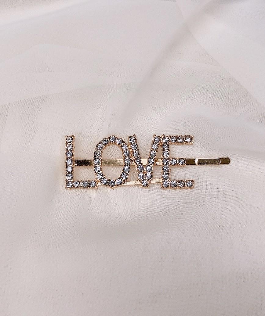 """【販売商品】レターピン""""LOVE""""-ゴールド"""